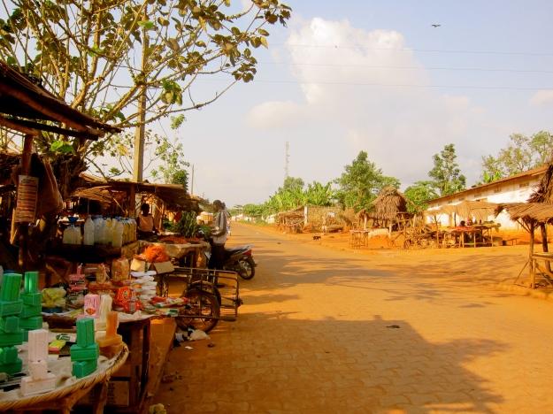 Non Market Main St.