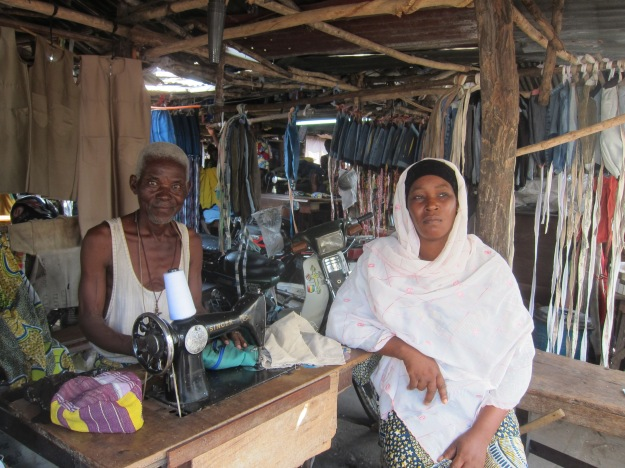 Dantokpa Market – Tailor and Client